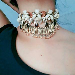 Jewelry - {  Free People } •Collar Choker•